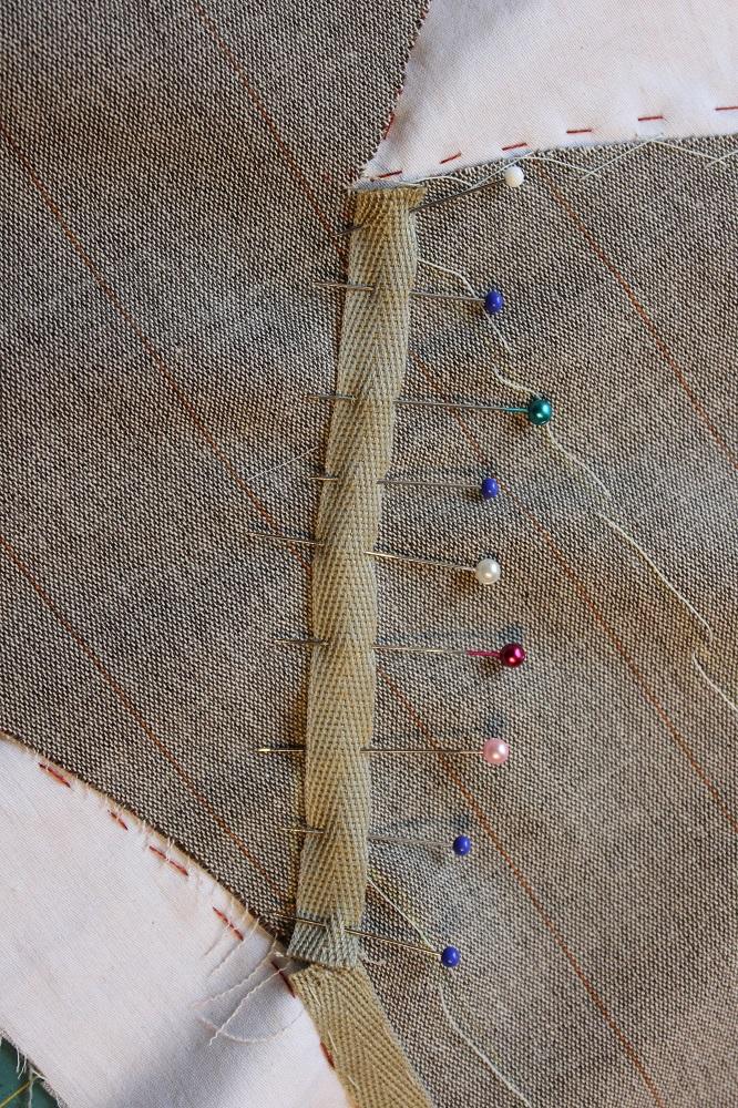 2014-06-10-pinning roll ine tape
