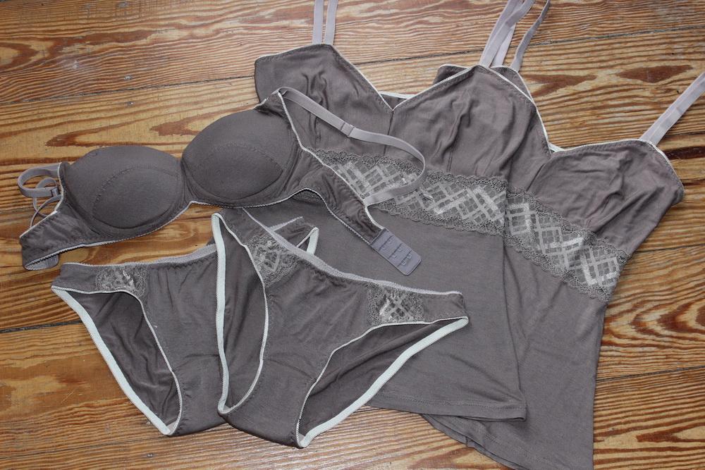 lingerie_set